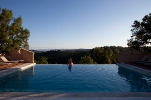 "Infinity pool at Finca Buenvino in Spain where Elaine runs her <em>Write It Down! </em>writing retreats (Photo by <a href=""http://www.timclinchphotography.com"">Tim Clinch photography</a>"